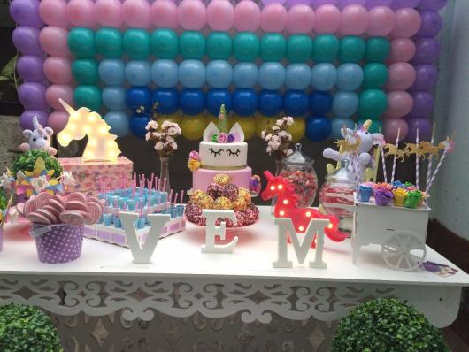 Enfeites de Unicórnio para festa: painel de balão com tela mágica