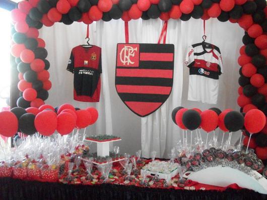 Festa do Flamengo para homem com cortina branca