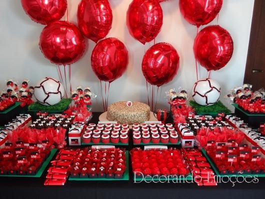 Festa do Flamengo para homem com balões metalizados