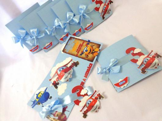 Festa Super Wings convite scrap com laço azul