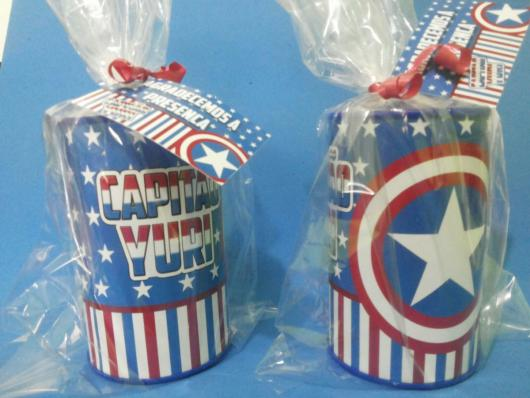Lembrancinha do Capitão América cofrinho personalizado