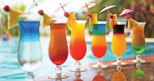 Receitas de Drinks com as cores do arco íris para festa