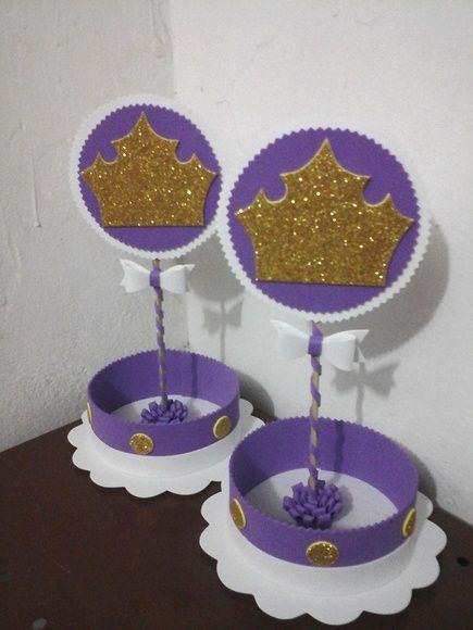 Enfeite de Mesa com coroa dourada para Festa Princesa Sofia