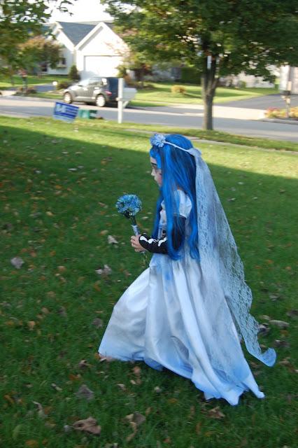 fantasia noiva cadáver com véu