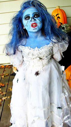 fantasia noiva cadáver é excelente para festas de Halloween