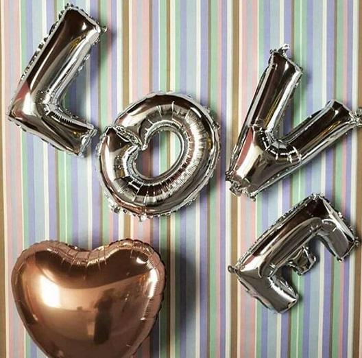 balão prateado