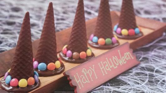 Comidas de Halloween: chapéu de bruxa com casquinha de sorvete