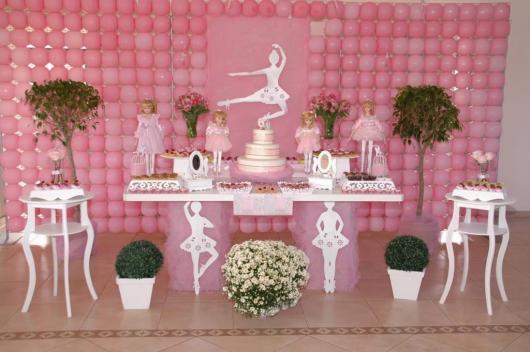 Decoração de festa infantil Bailarina com provençal branco