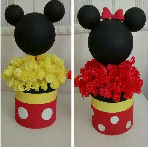 Enfeite de Mesa com lata e balas de coco para Festa Mickey