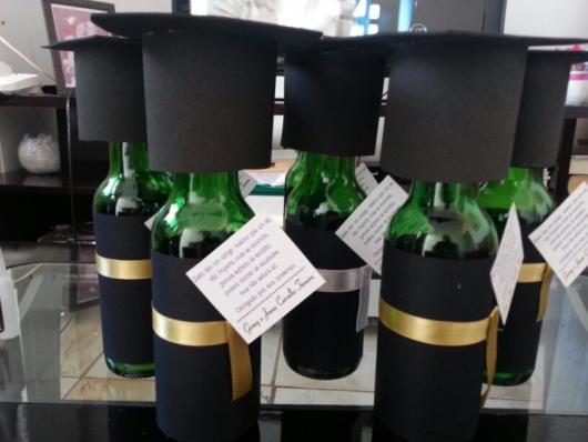 Enfeite de Mesa garrafa para formatura