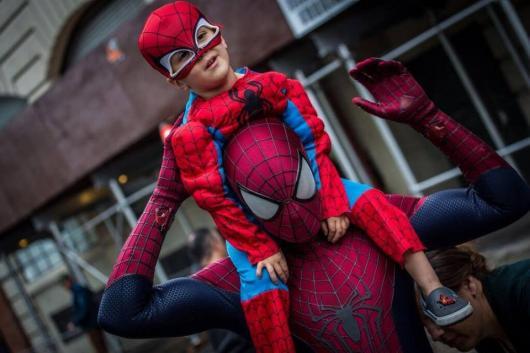 fantasia de filme homem aranha
