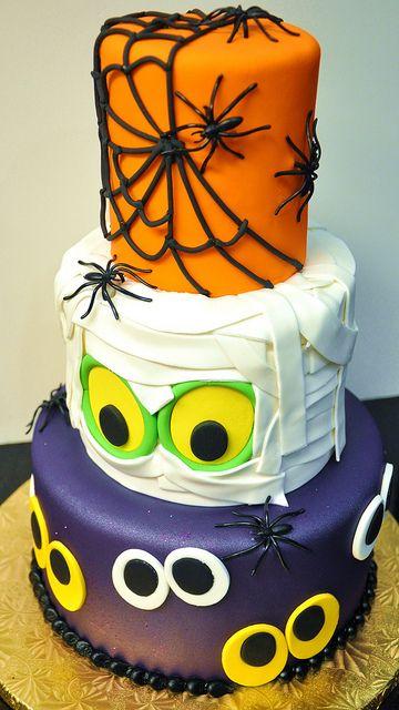 Festa de Halloween bolo com 3 cenários