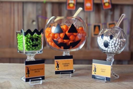 Festa de Halloween decoração com vidros personalizados