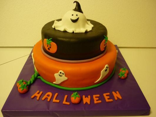Festa de Halloween bolo com 2 andares
