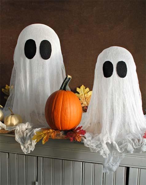 Festa de Halloween decoração com fantasminhas de pano