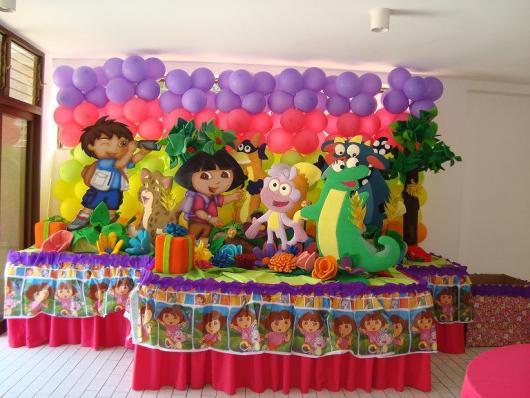 decoração de festa dora aventureira