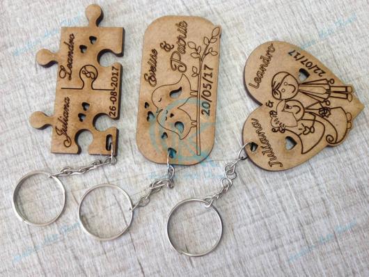 Chaveiros de MDF personalizados para lembrancinhas