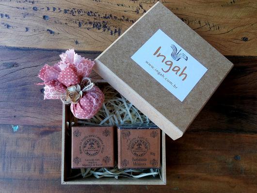 Presente unissex caixa com sabonetes