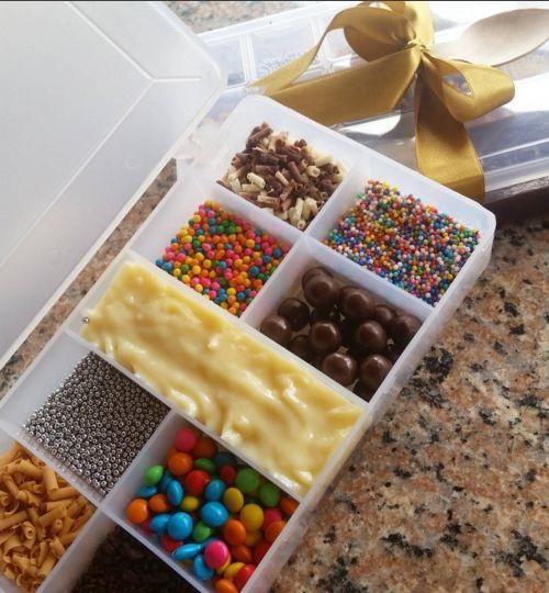 Presente Unissex criativo caixa com doces