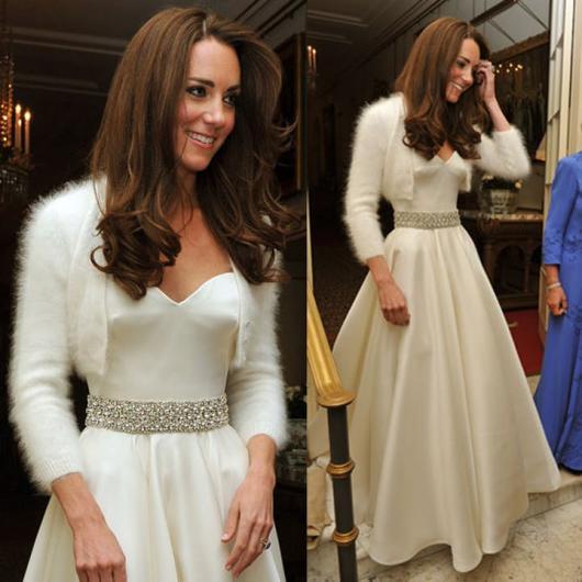 Kate Middleton com segundo vestido do casamento.