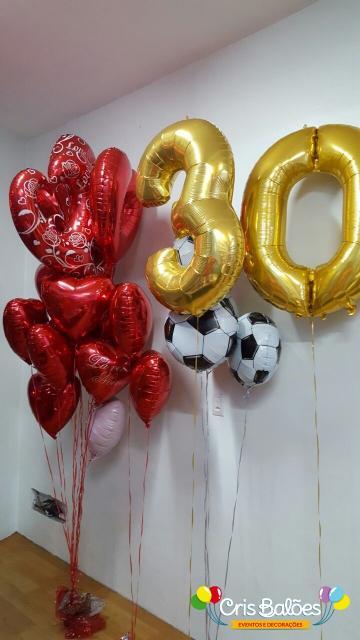 Balão de gás hélio de número dourado