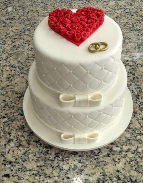 Dica de bolo de dois andares para noivado ou casamento
