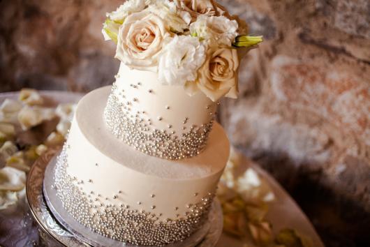 Bolo para casamento sofisticado com dois andares