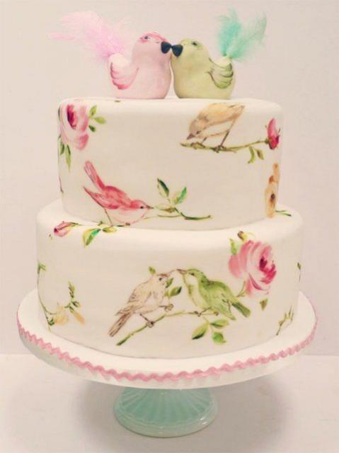 Decoração delicada de bolo de dois andares de pasta americana