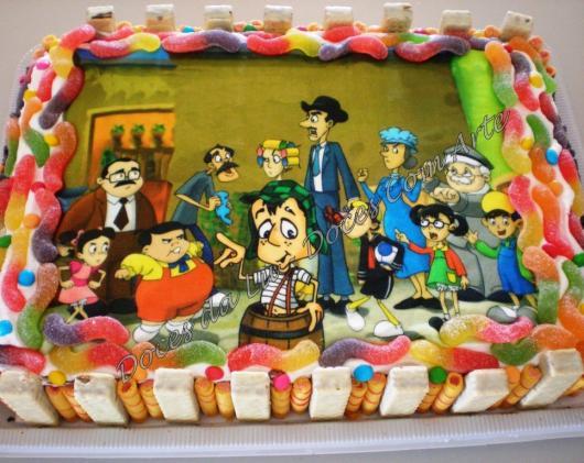 Linda decoração com balinhas coloridas e doces