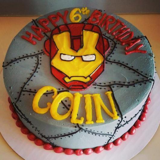 Seja criativo no acabamento do bolo!