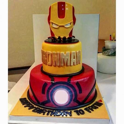 Até o detalhe na armadura é uma opção para valorizar o bolo