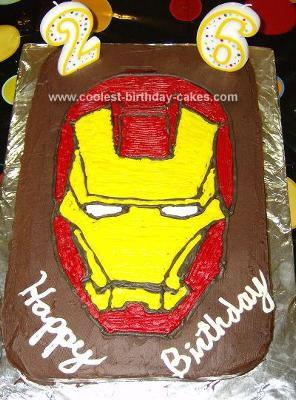 Todo mundo vai adorar esse bolo do Homem de Ferro de chocolate!