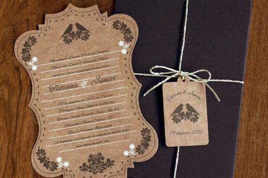 Convite de casamento rústico chique com envelope preto