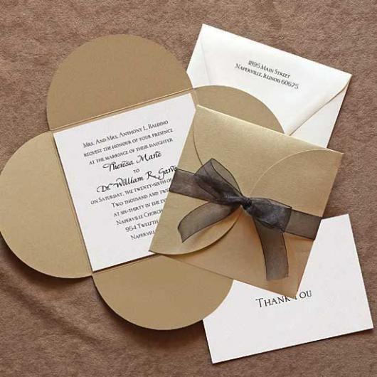 Convite de casamento rústico simples com laço preto