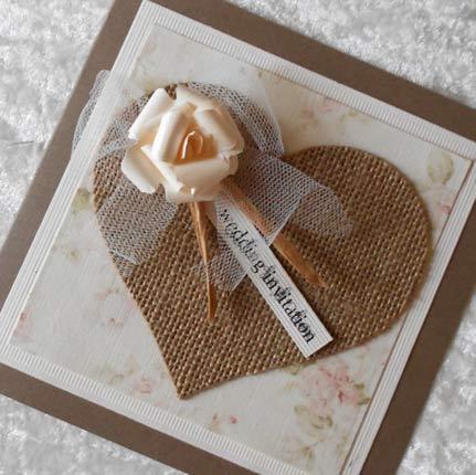 Convite de casamento rústico criativo com flor