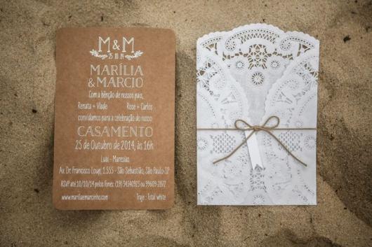 Convite de casamento rústico com renda