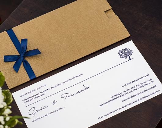 Convite de casamento rústico simples com laço azul