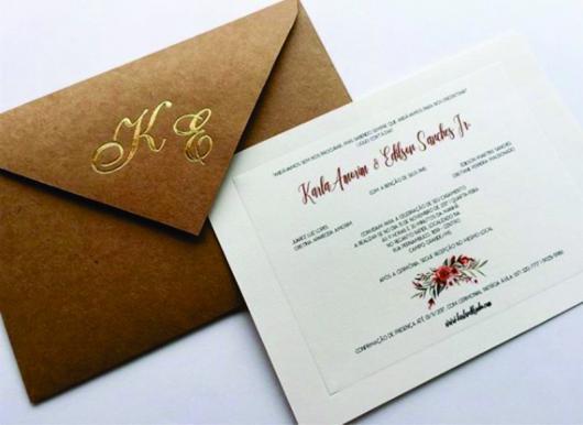Convite de casamento rústico simples com letras douradas
