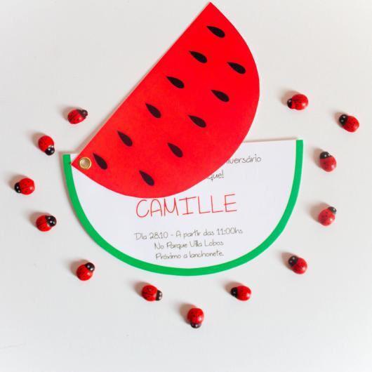 Convite bem divertido em forma de melancia