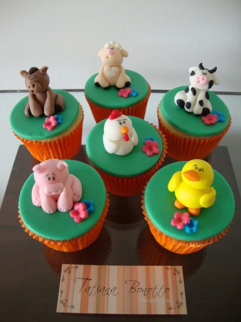 Cupcake personalizado bichos da fazenda