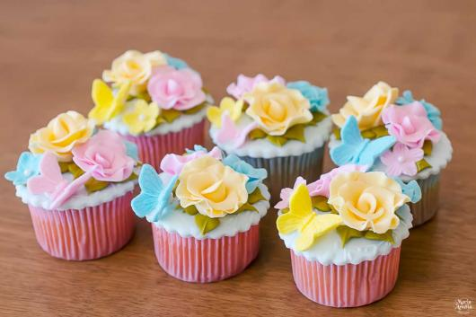 Cupcake personalizado Jardim Encantado
