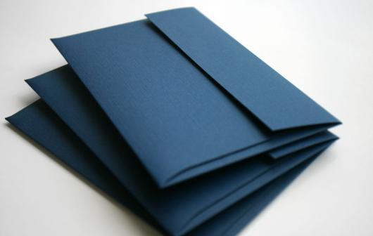 Envelope para convite simples azul