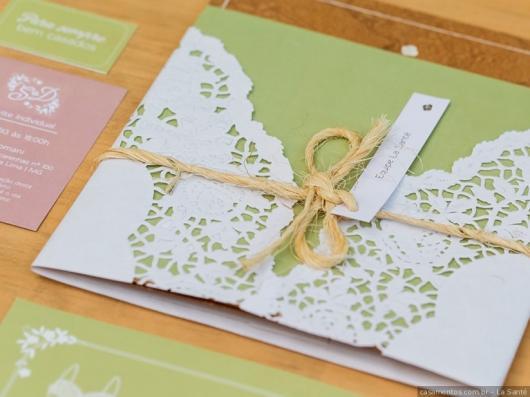 Envelope para convite de casamento branco