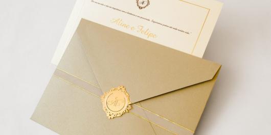 Envelope para convite de casamento com selo de cera