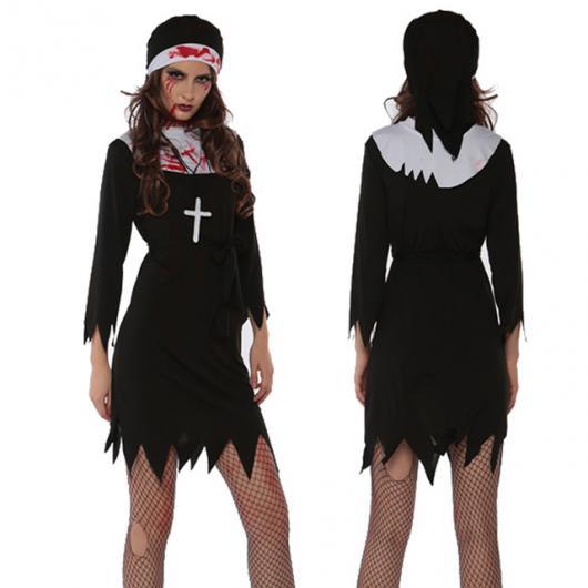 Fantasia de freira com vestido preto e branco