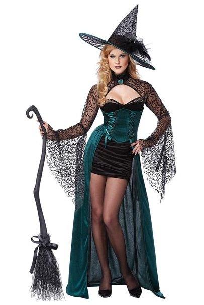 Fantasia de bruxa com vestido tubinho preto