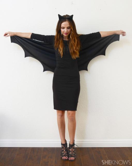 Fantasia simples de morcego com vestido tubinho