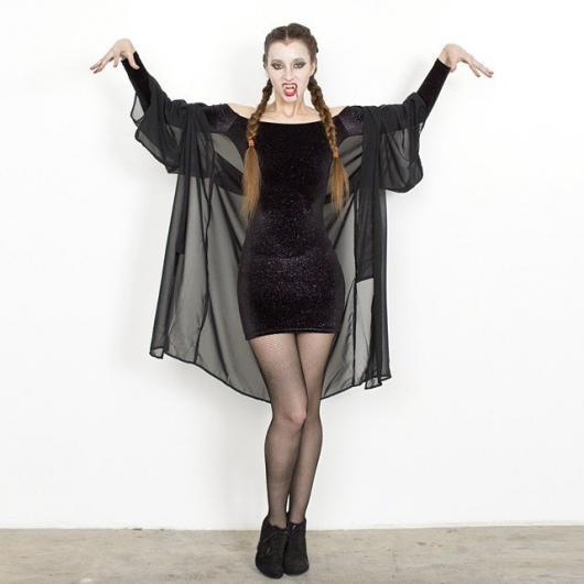 Fantasia com vestido preto tubinho perfeita para o Halloween