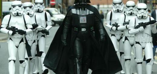Seus amigos podem participar fazendo a gangue do Vader, que tal?