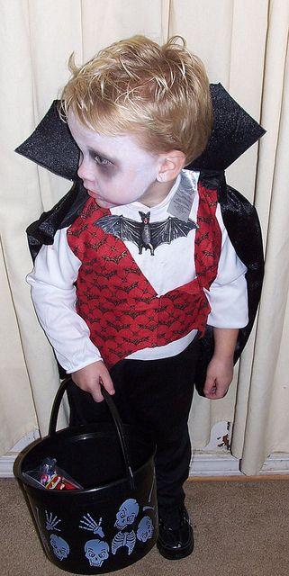 fantasia vampiro menino